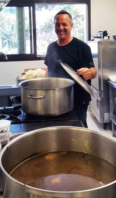 René Galibert, chef cuisinier du Foyer du Romarin, maison de retraite à Clapiers (Hérault).